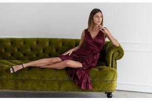 <Выбираем модное платье на осень